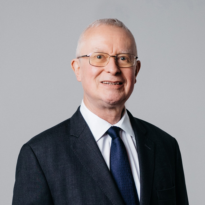 Sir Andrew Smith QC - Funding Committee